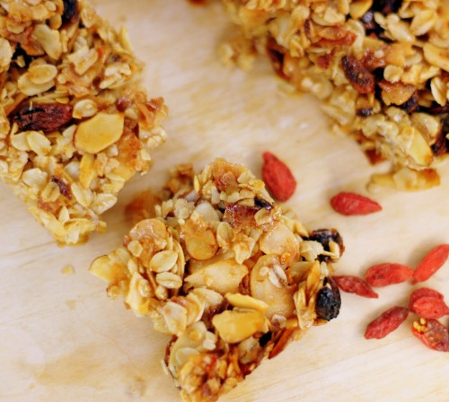 Goji Berry Granola Bar