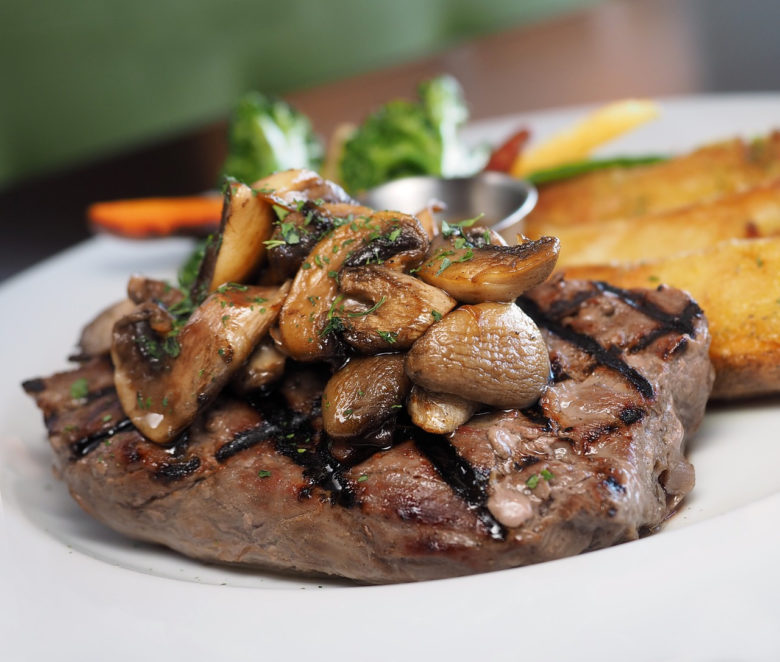 beef-fillet-with-mushroom-sauce