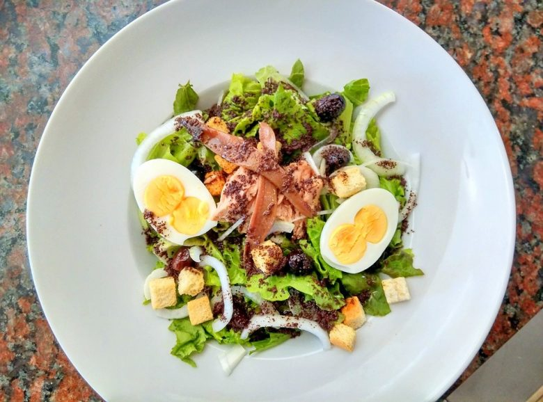 Tuna salmon salad provides you with the perfect macronutrient combination