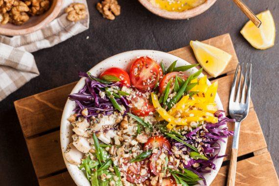 8 consejos para ensaladas de verano saludables